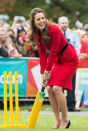 Duchess of Cambridge gets ready to bat d...