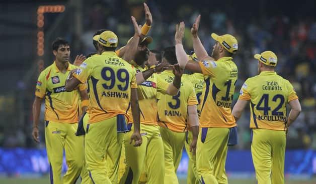 Mumbai Indians vs Chennai Super Kings  IPL 2015 Match 12 at Mumbai