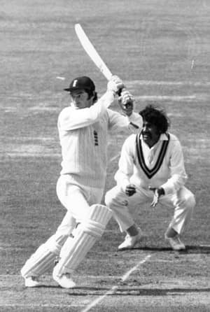 Alan Knott batting against Pakistan; Lord's, 1974 © Getty Images