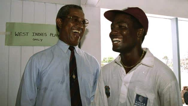 Garry Sobers (left) with Brian Lara in the West Indies dressing room after Lara broke Sobers' record for highest individual score in Test history © Getty Images