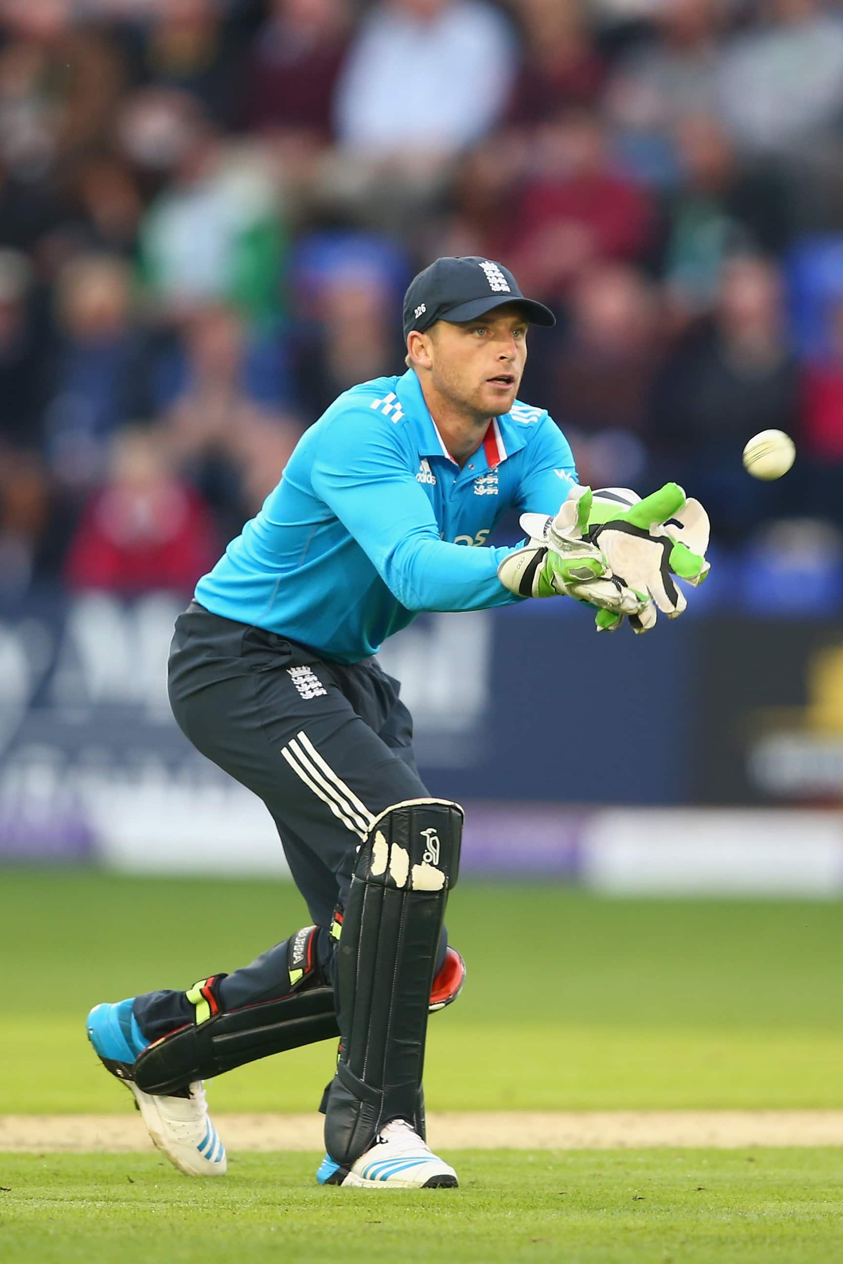 Keeping Score >> Sri Lanka vs England 2014: Jos Buttler practices wicketkeeping in nets - Cricket Country