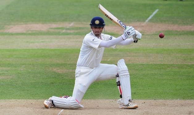India-batsman-Rahul-Dravid-picks-up-some-runs