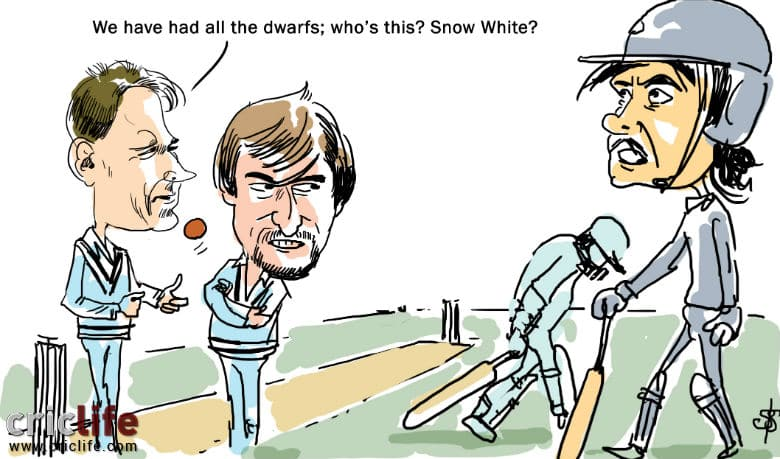 Snow White and the Dwarfs in a county match!