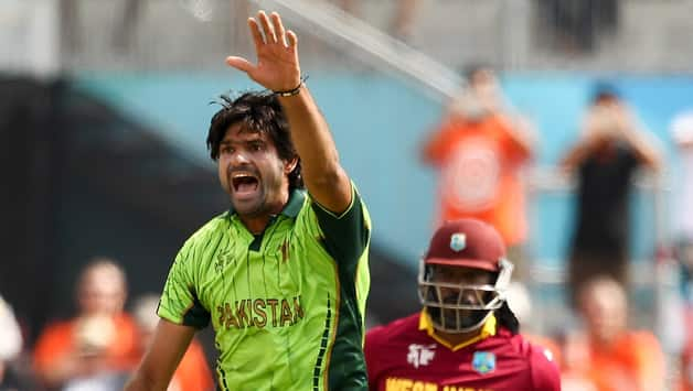 Mohammad Irfan may miss Pakistan-Australia quarter-final clash at ICC Cricket World Cup 2015 - Latest Cricket News, Articles & Videos at CricketCountry.com