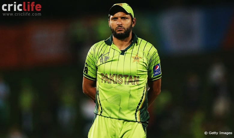 Shahid Afridi rejects Nach Baliye offer; doesn't want his wife to dance