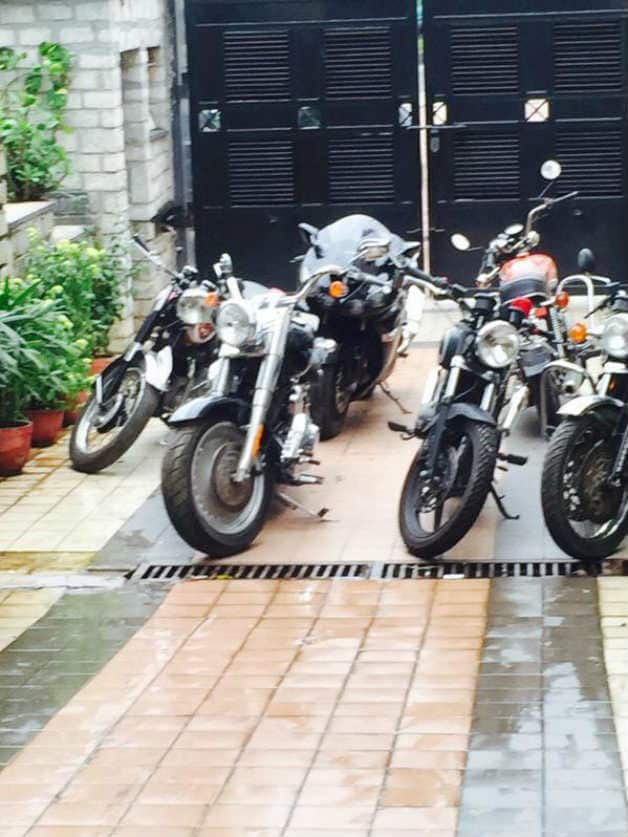 Ms dhoni s prized bike collection shown off by sakshi for Garage ms auto