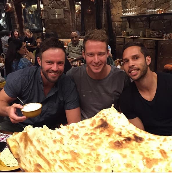 De Villiers, Miller, du Plessis and other touring Proteas gorge on Indian cuisine