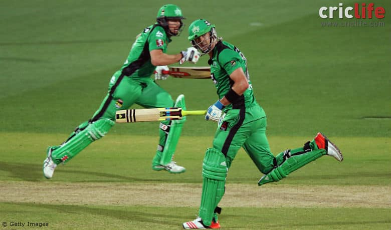 The banter between Kevin Pietersen and James Faulkner continues