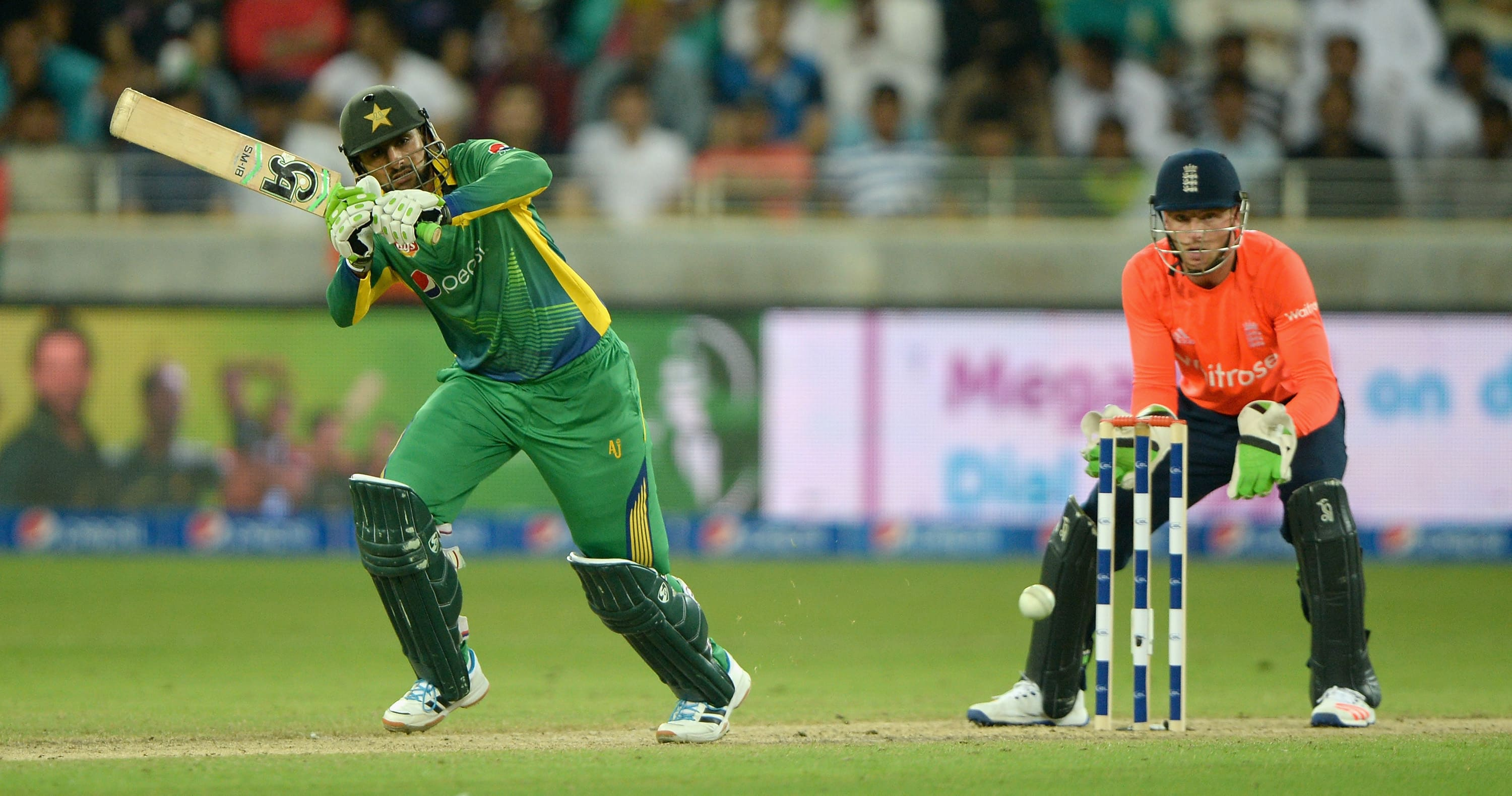 Malik is the first Pakistan player to score 2000 T20I runs. (Getty Images)