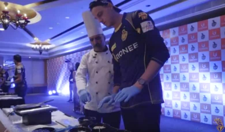 Watch: Morne Morkel, Robin Uthappa, Colin Munro don the chef's hat in KKR kitchen