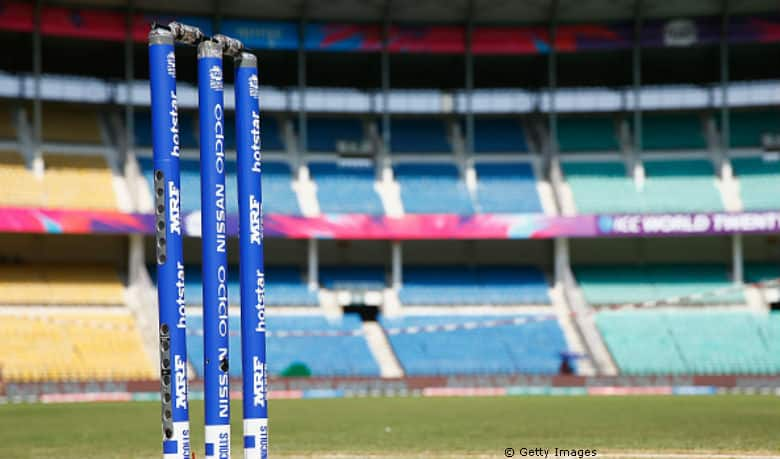 When a mom took on the cricket field after her son's teammate failed to show up