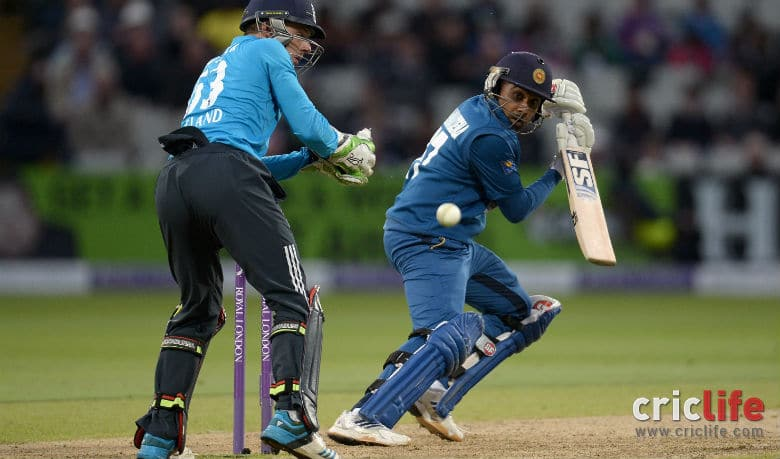 Mahela Jayawardene had the nerves to perform under tough and demanding times. (Courtesy: Getty Images)
