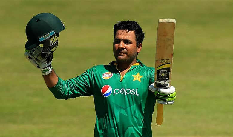 """Yasir Arafat: """"Pakistan should play with same passion and intensity in ODIs against England"""""""