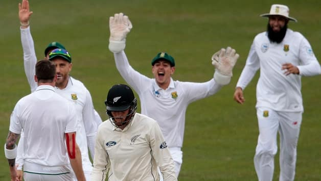 New Zealand make solid start after South Africa dismissed for 308