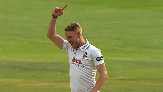 Porter propelled Essex to an unexpected county championship title with 75 wickets at 16.82 © Getty Images