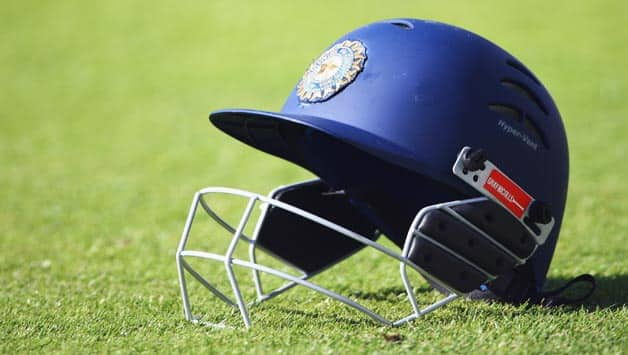 A rising delivery from debutant pacer Ishan Porel hit the batsman, forcing him to leave the field for some time © Getty Images (File Photo)