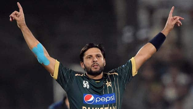 Watch video: Shahid Afridi takes hat-trick in T10 league match