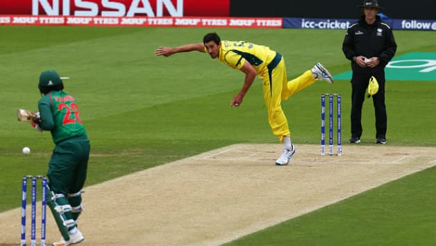 Despite Mitchell Starc's brilliant spell against Bangladesh in the Champions Trophy, luck denied Australia a win © AFP