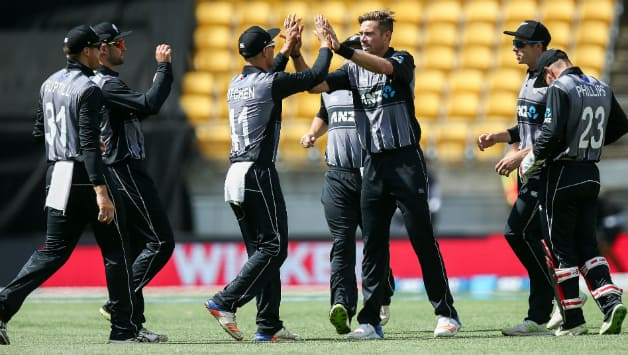 Tim Southee ended with figures of 3 for 13 © Getty Images