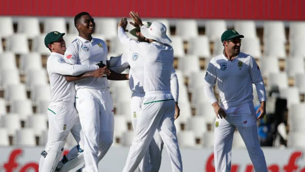 South Africa are on top courtesy Lungisani Ngidi © AFP