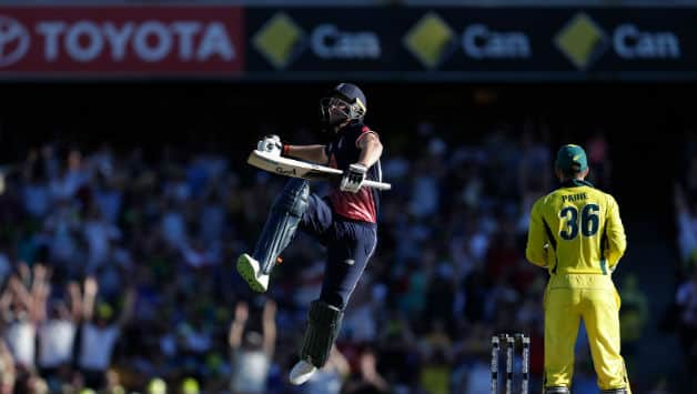 England beat Australia by 16 runs in 3rd ODI to win the series by 3-0