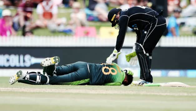 Shoaib Malik shows delayed concussion signs after being hit on the head, says Pakistan team physiotherapist