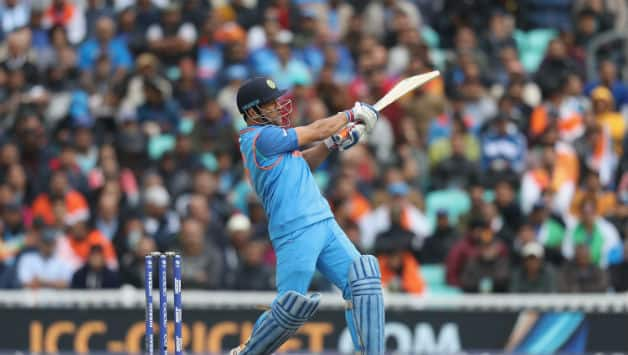 MS Dhoni has best average in successful run chase in ODI among batsman with more than 1,000 runs