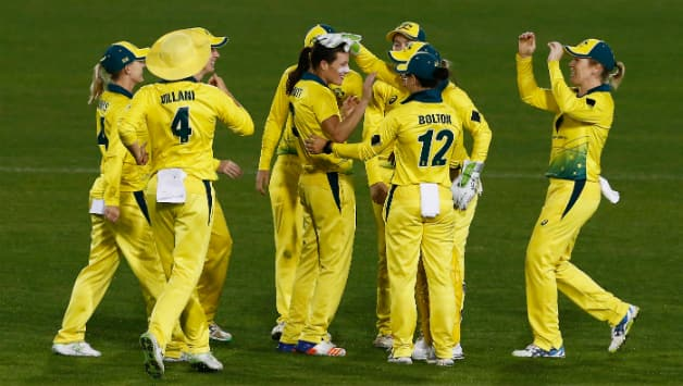 Australia lead 3-ODI series, 2-0  © Getty Images