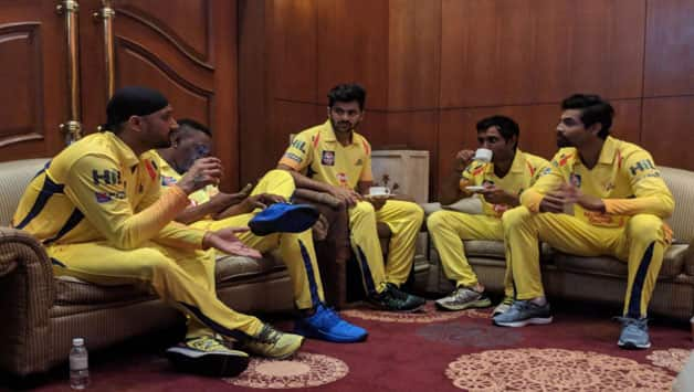 Chennai Super Kings launches jersey for IPL 2018, Harbhajan Singh gets jersey number 27