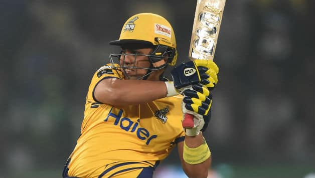 Kamran Akmal scored  425   runs in PSL 3 © AFP