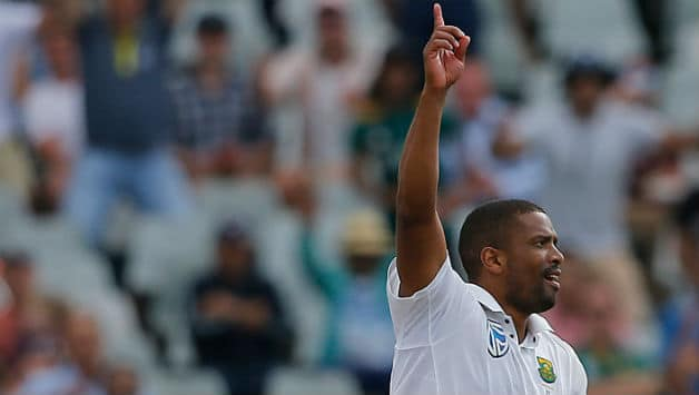 Vernon Philander picked 3 for 17 in his 12 overs © AFP