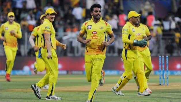 CSK eventually prevailed over SRH by 2 wickets © IANS