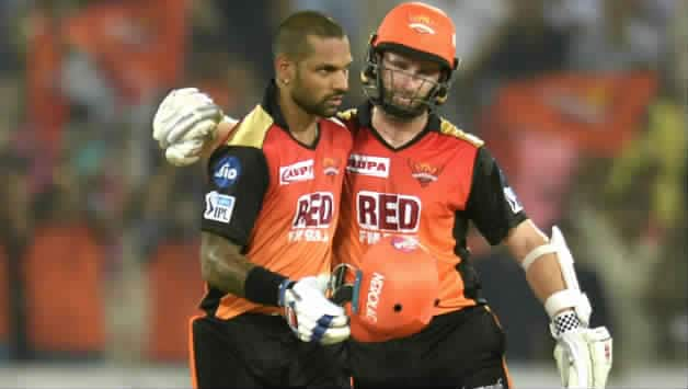 Shikhar Dhawan, Kane Williamson's masterful 173*-run stand, for 2nd wicket, takes SRH to 9-wicket win and the playoffs © AFP