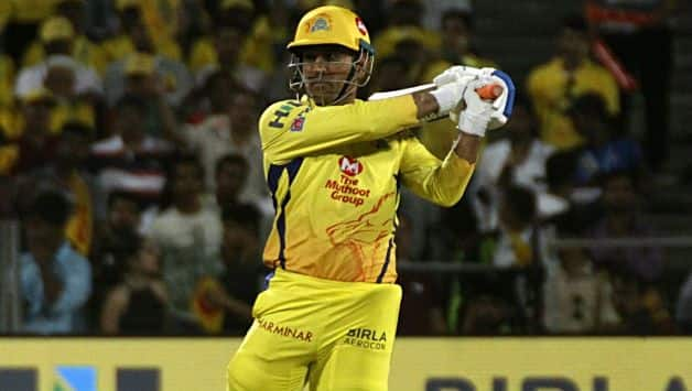 MS Dhoni hits 2nd biggest sixe of IPL 2018
