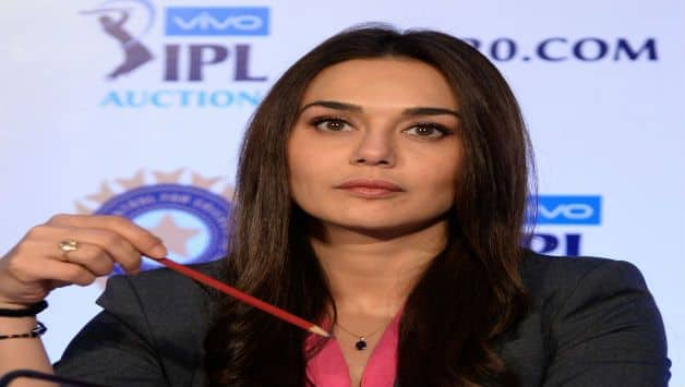 IPL 2018 :  Kings eleven punjab give clarification on Virender Sehwag and Preity Zinta spat