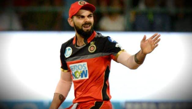 IPL 2018: Virat Kohli did not walk off after nicking the ball, Twitter reacts