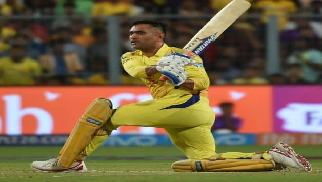 IPL 2018 :  MS Dhoni hits three sixes in Yuzvendra Chahal over