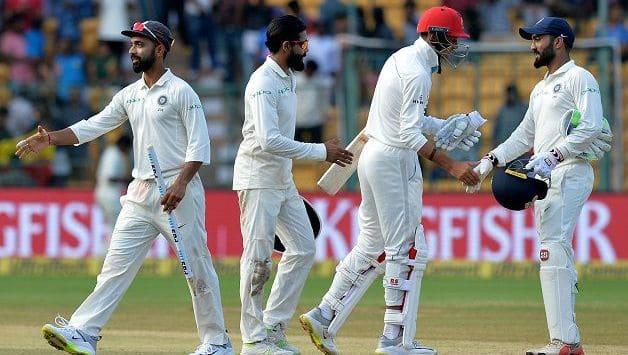 Both teams showed great sportsmanship in the match © AFP