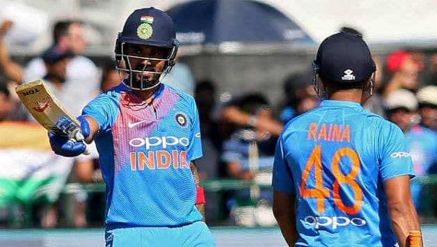 KL Rahul and Suresh Raina added 106 runs to the 3rd wicket partnership © AFP