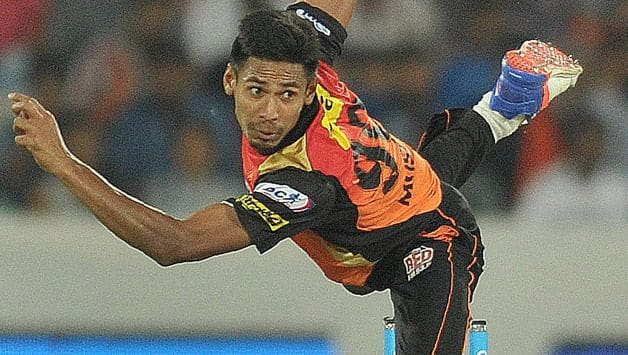 Courtney Walsh not happy with Mustafizur Rehman returning from IPL with an injury