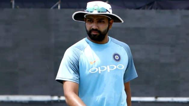 Rohit Sharma takes part in beach clean-up drive, urges others to join hands