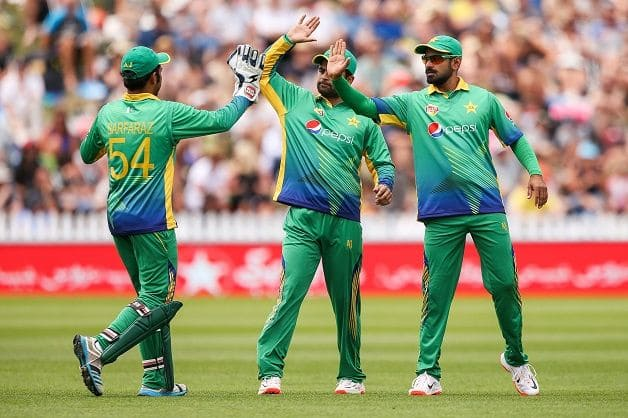 Pakistan announce full-strength squad
