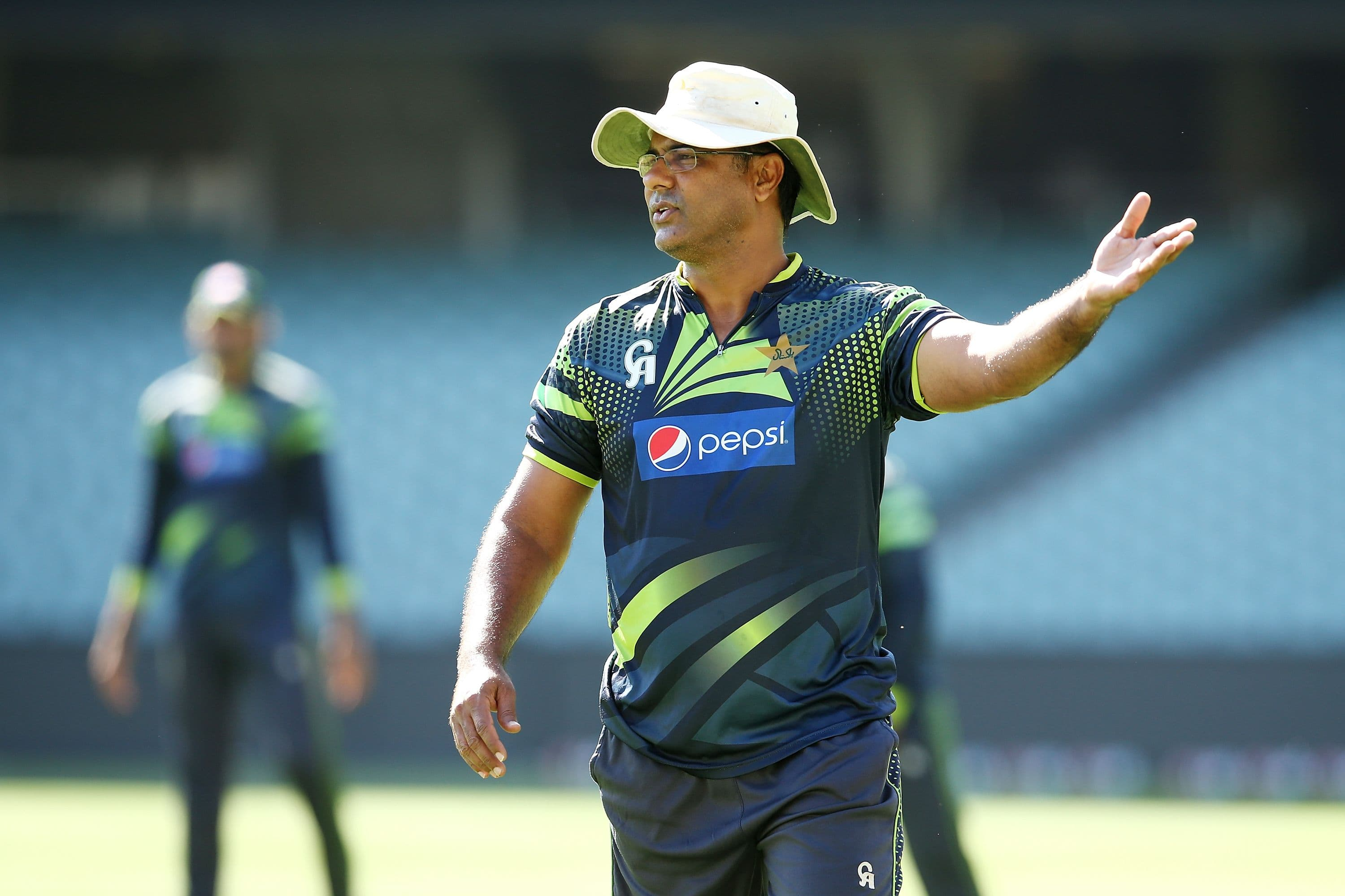 Waqar Younis backs Sarfraz Ahmed's decision of batting first against england in second test