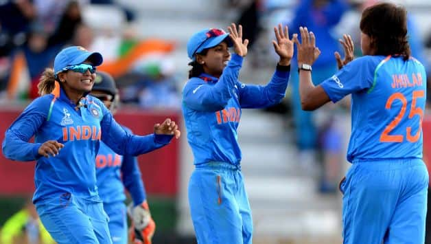 India women's team beat Sri Lanka by 7 wickets In Asia cup t20