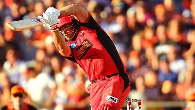 Aaron Finch poised for a longer stint with Melbourne Renegades in BBL © Getty Images