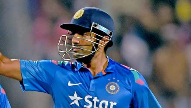 Robin Uthappa Picks His Favourite Captain Between Sourav Ganguly And Mahendra singh Dhoni