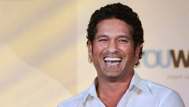 Sachin Tendulkar celebrates left hand day, shares video with fans