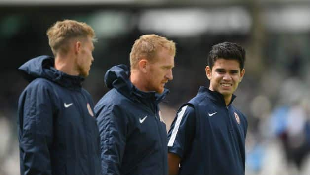 India vs England: Arjun Tendulkar helps ground staff at Lords