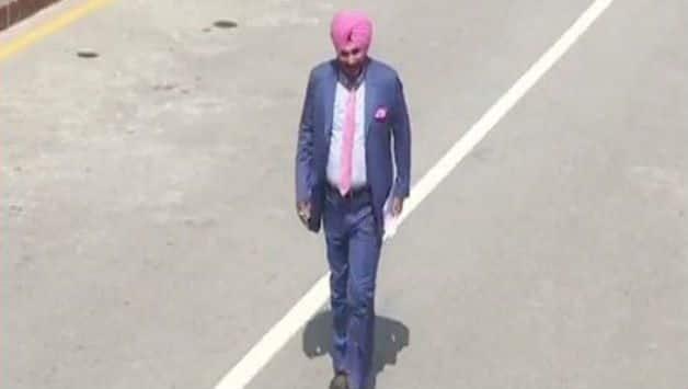 Navjot Singh Sidhu reaches Pakistan to attend Imran Khan's Oath Ceremony