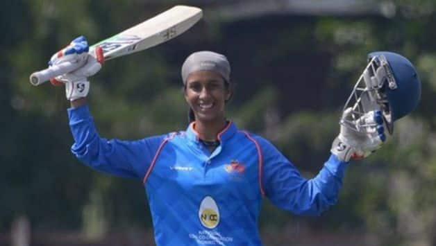 18 years old Jemimah Rodrigues hit three sixes in a row off Nilakshi de Silva